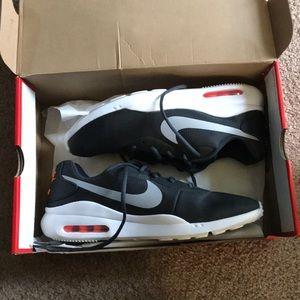 Nike Air Max Oketos